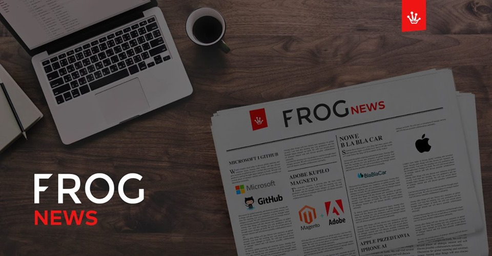 frognews gazeta i laptop na stole z najnowszymi wiadomościami